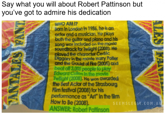 Robert Pattinson Beat off 3000 people Fantales